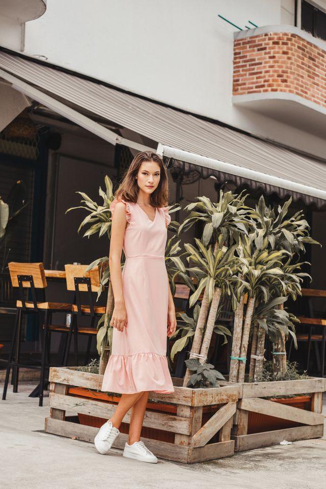 Cieon Ruffled Hem Midi Dress in Peach Pink (XS)