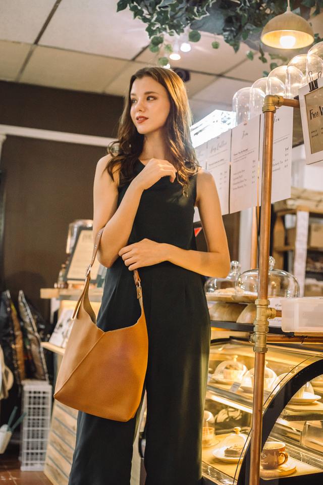 Mya Buckle Handbag in Brown