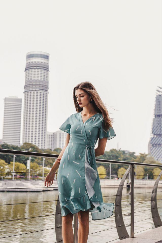 Kirstie Sprinkles Ruffled Midi Dress in Mint (XS)