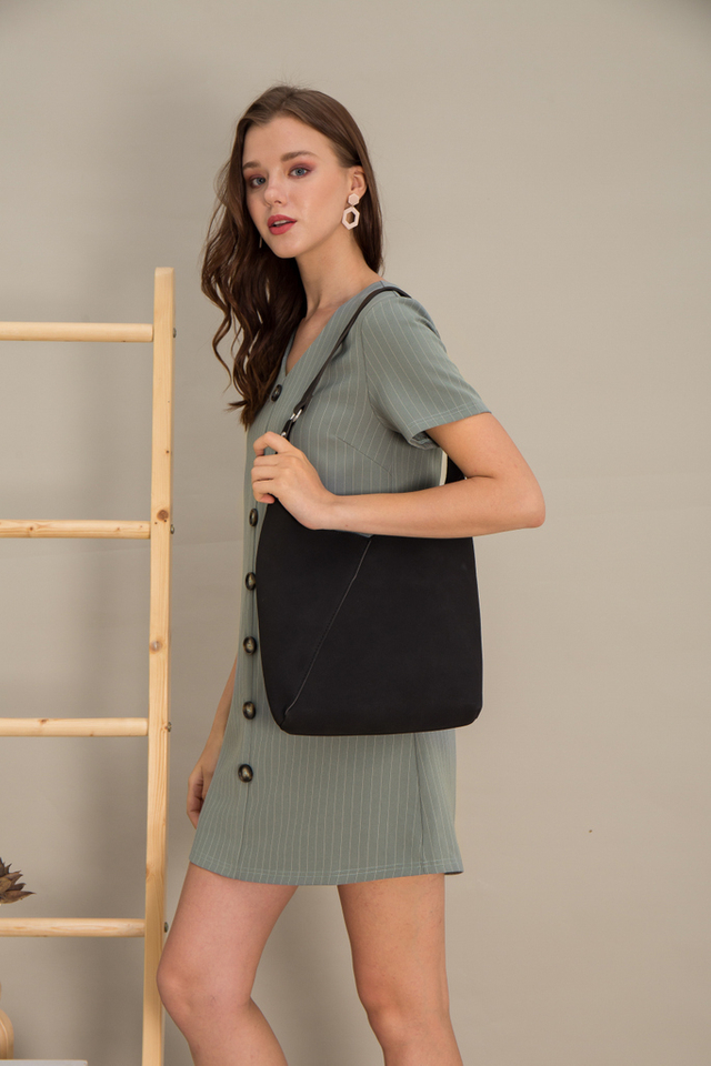 Mya Buckle Handbag in Black