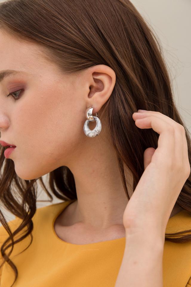 Vallea Marble Earrings in Grey