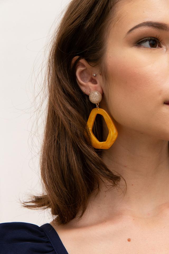 Berget Marble Earrings in Caramel