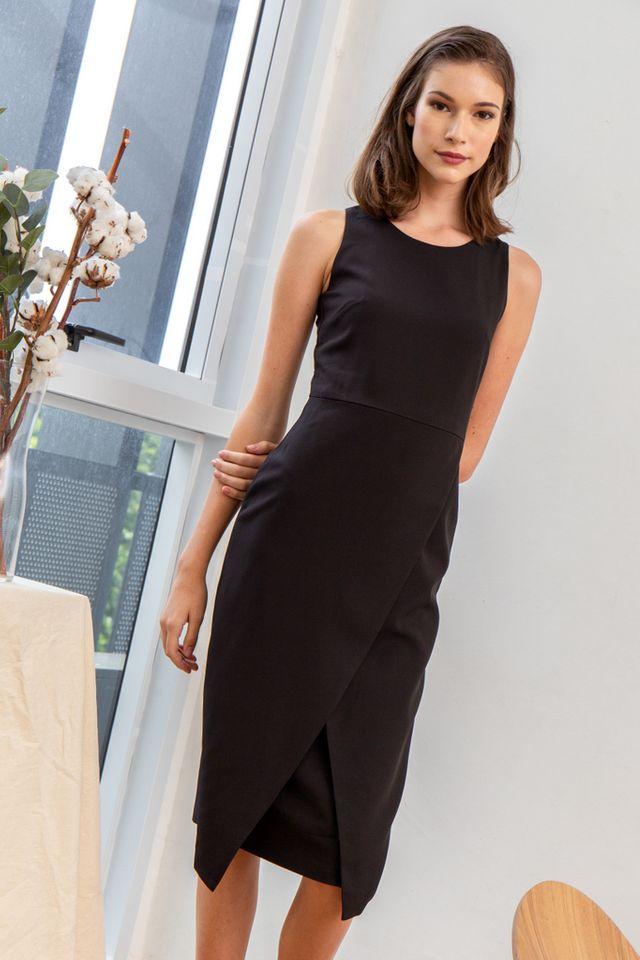 Allina Faux Wrap Midi Dress in Black (XS)