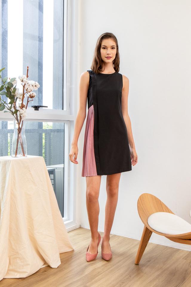 Gayel Panel Pleated Dress in Black