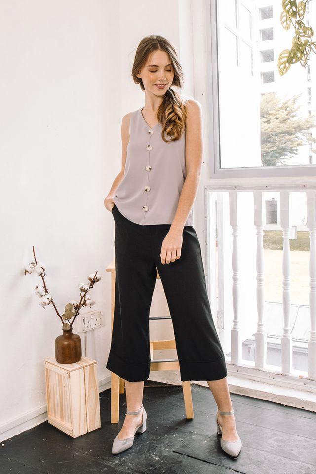 Kadyn Button Flare Top in Grey (XS)