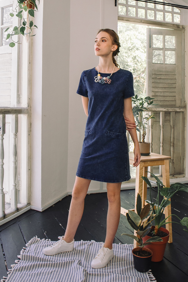 Maurine Washed Out Shift Dress in Denim