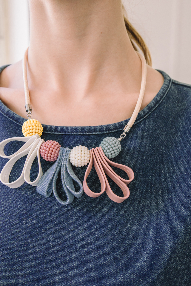 Soleille Bead & Ribbon Necklace in Cream