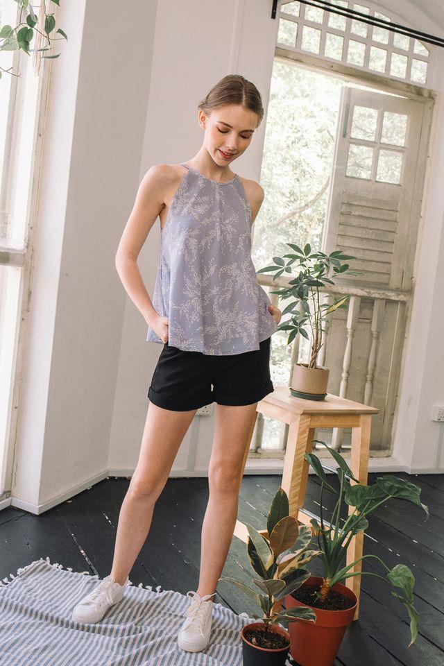 Doerene Basic Folded Shorts in Black (XS)