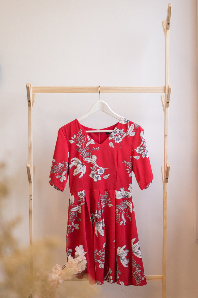 Jasiel Floral Sleeve Dress in Red (XS)