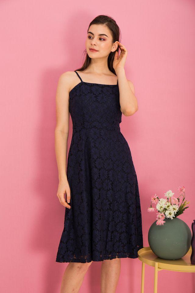 Anitha Lace Midi Dress in Navy (XS)