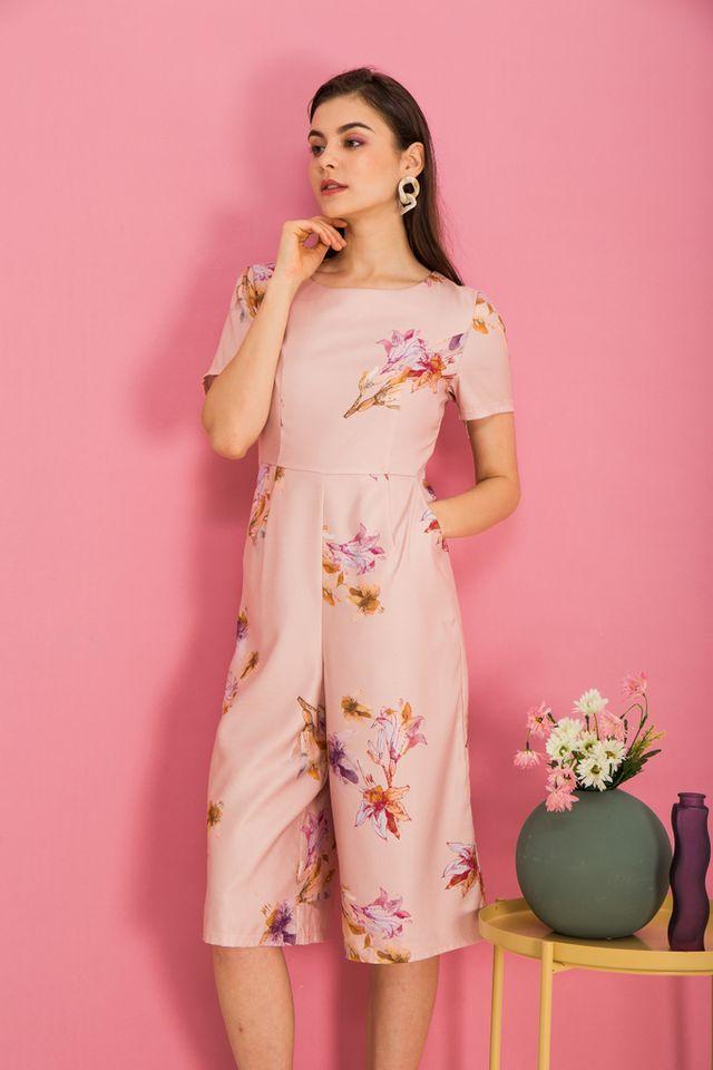 Brenna Floral Wide Leg Jumpsuit in Peach (XS)