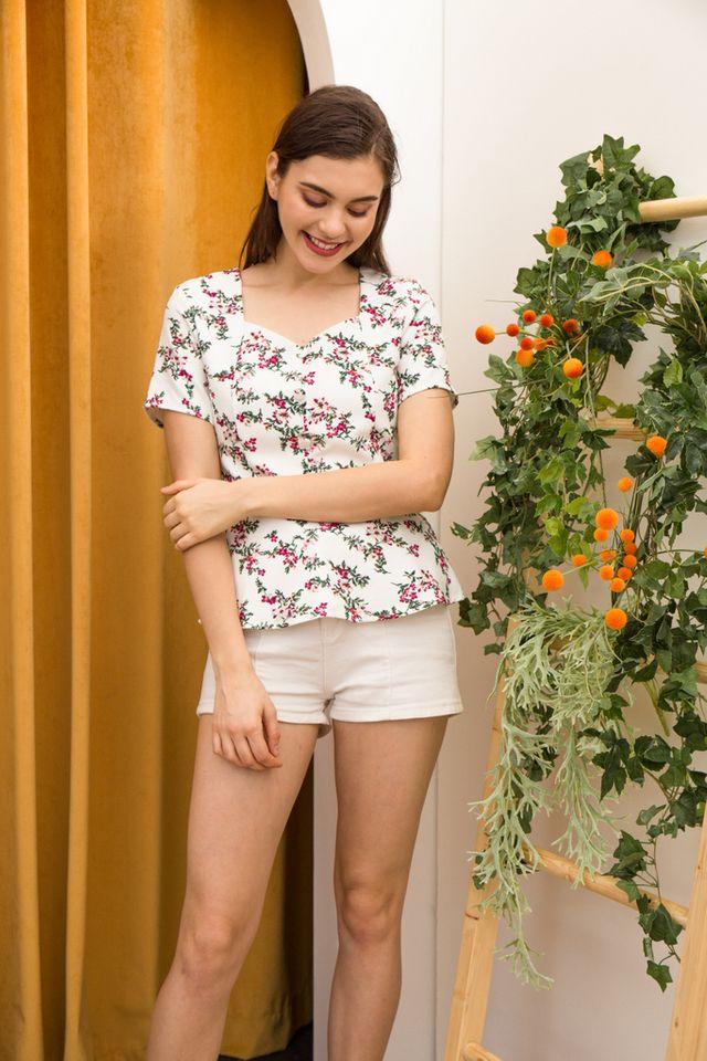 Clorinda Floral Babydoll Top in White (XS)
