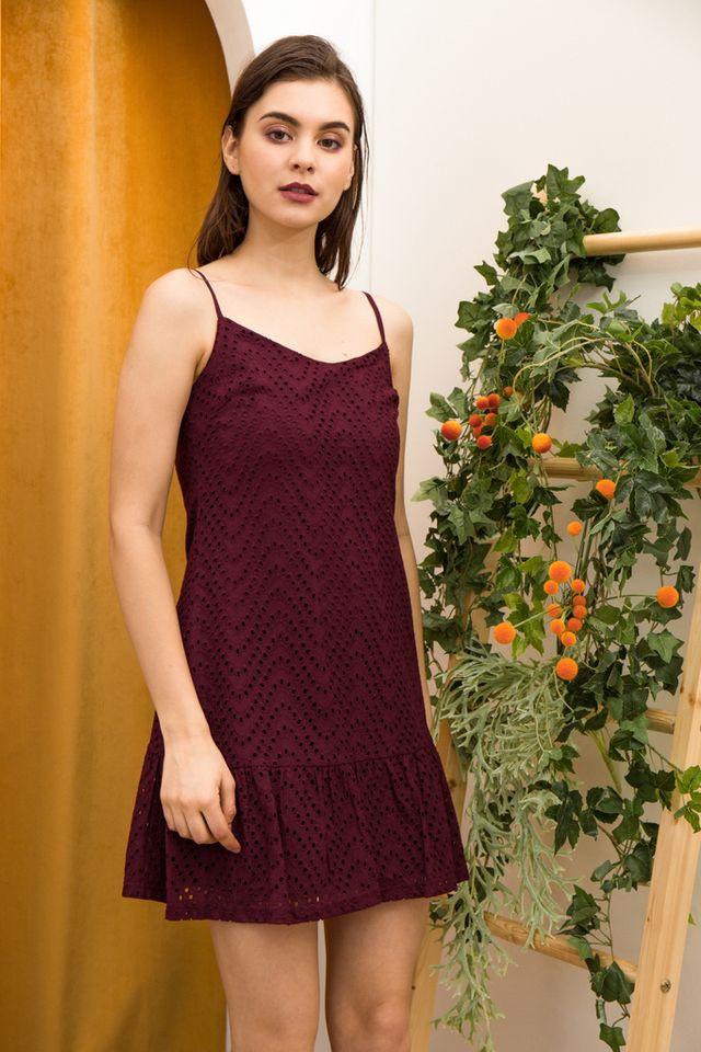 Celina Eyelet Dropwaist Dress in Wine Red (M)