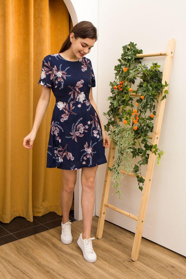 Lucinda Floral Skater Dress in Navy (XS)