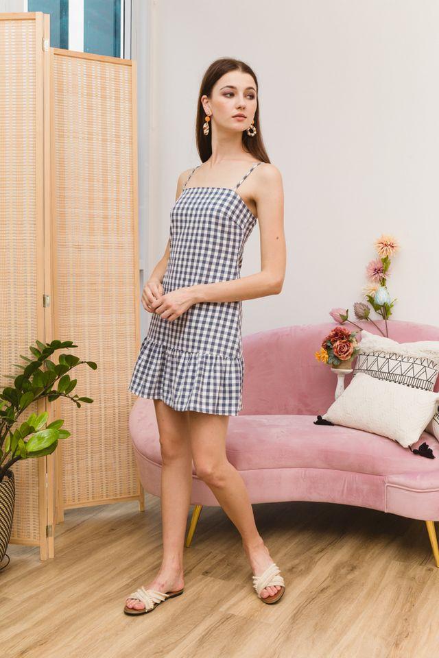 Maryann Gingham Ruffles Dress in Navy (XL)