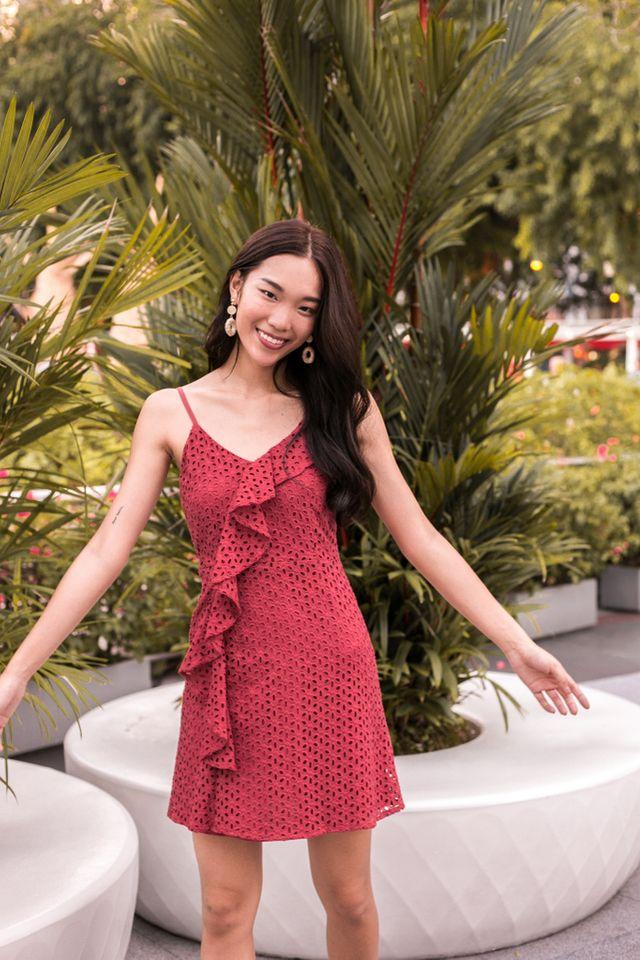 Jennet Eyelet Ruffles Dress in Strawberry Pink (XL)