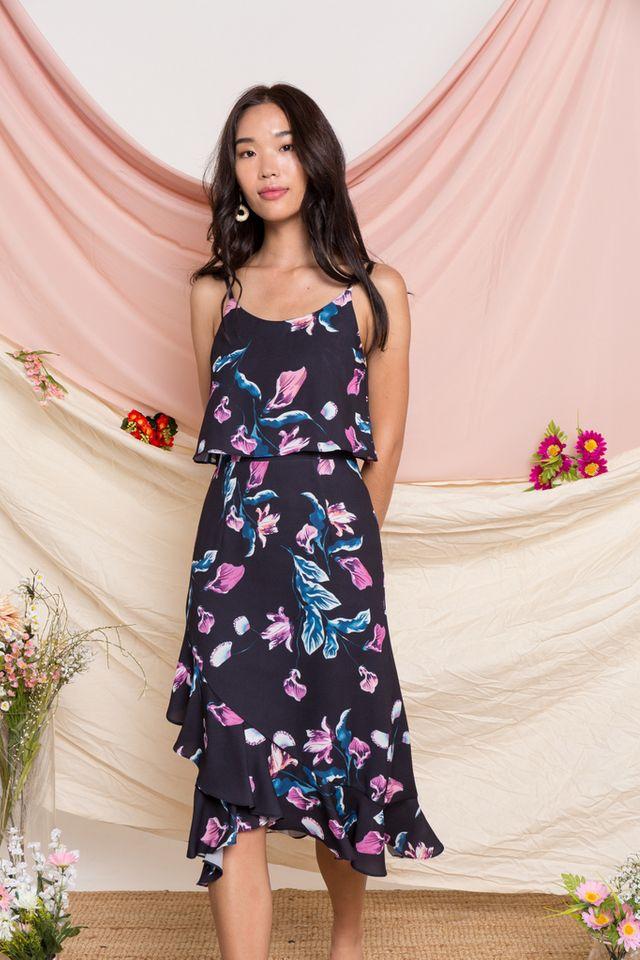 Lowri Floral Ruffled Midi Dress in Black (XS)