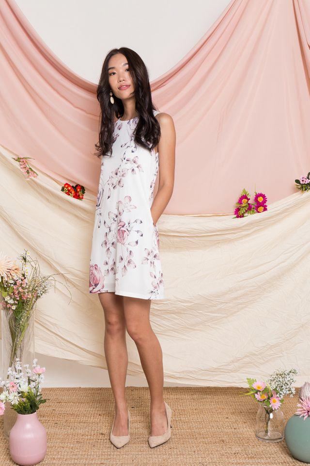 Eldora Floral Trapeze Dress in White (XL)