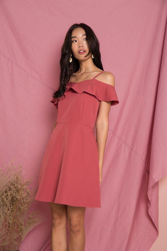 Angelique Ruffles Cold Shoulder Dress in Rouge (XS)