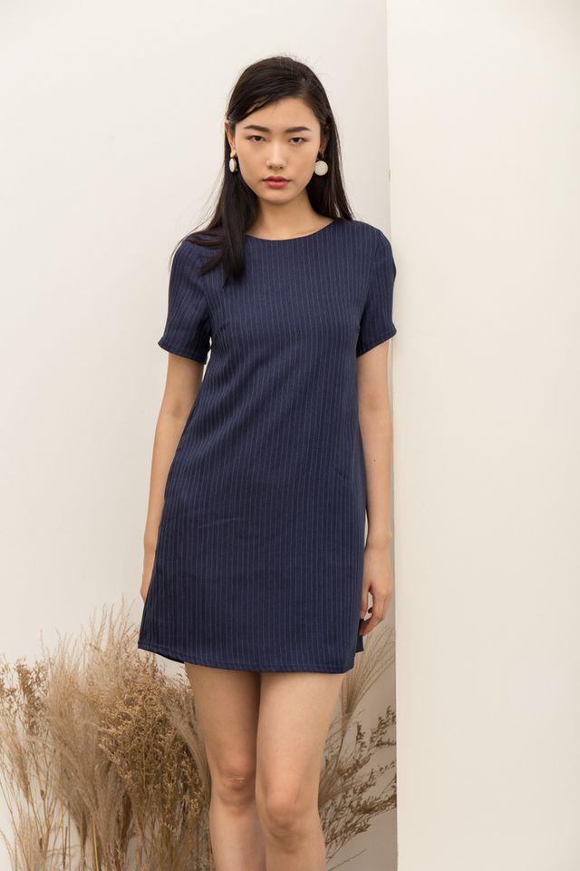 Milena Chalk Striped Shift Dress in Navy (L)