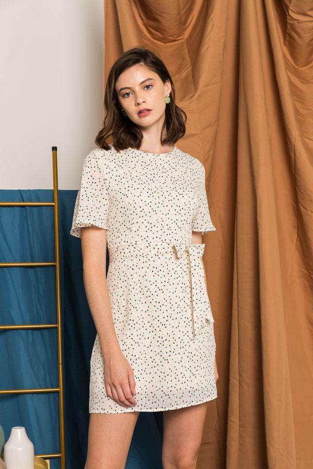 Kathleen Printed Flutter Sleeve Dress in Cream