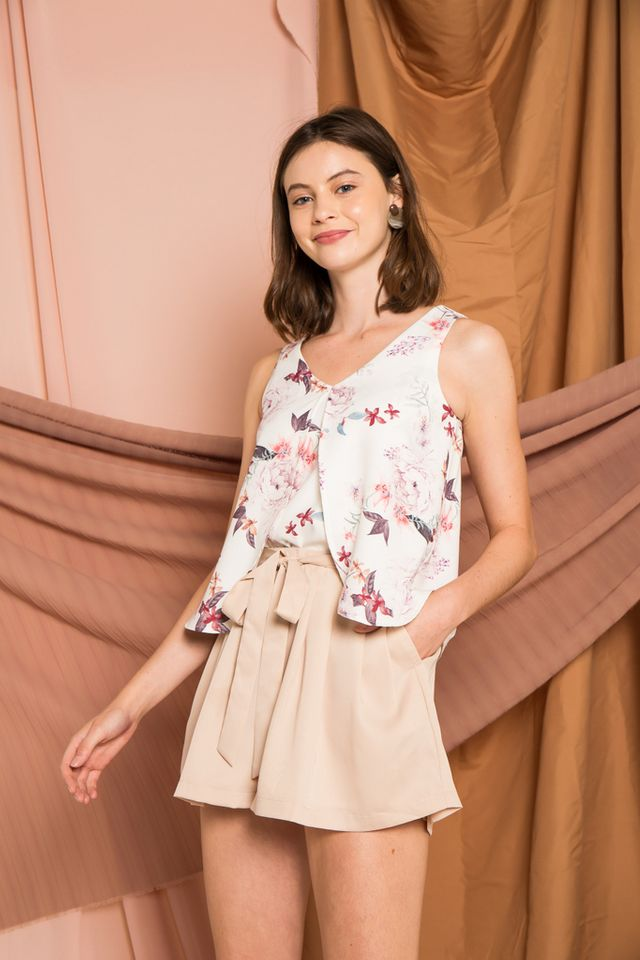 Nemy Floral Layered Top in White (XL)