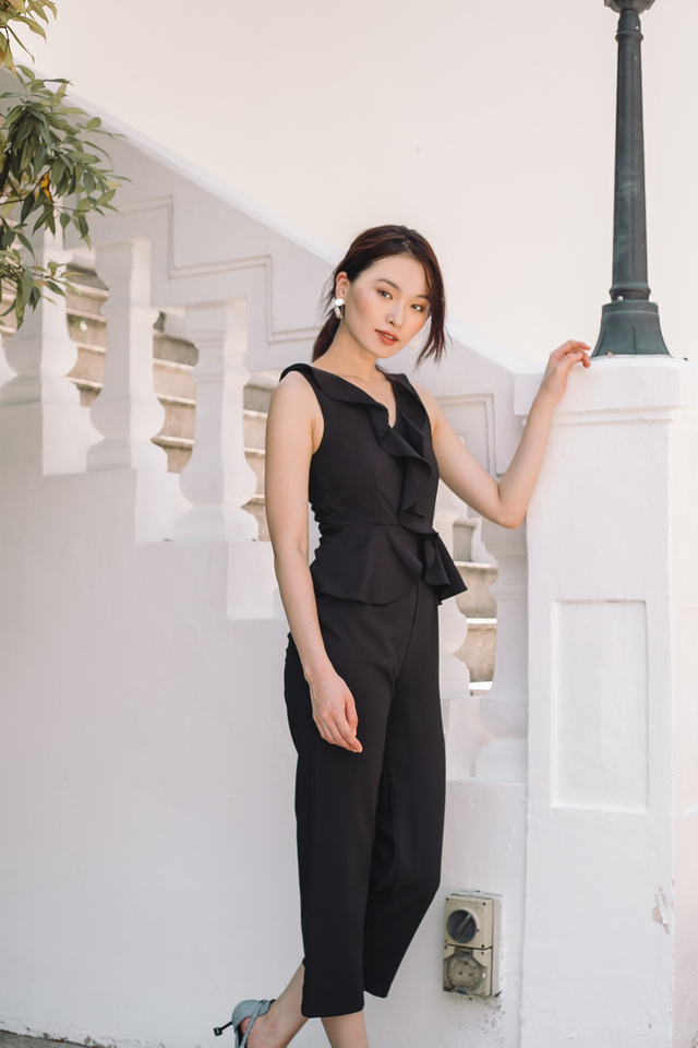 Tilda Ruffles Peplum Jumpsuit in Black (L)