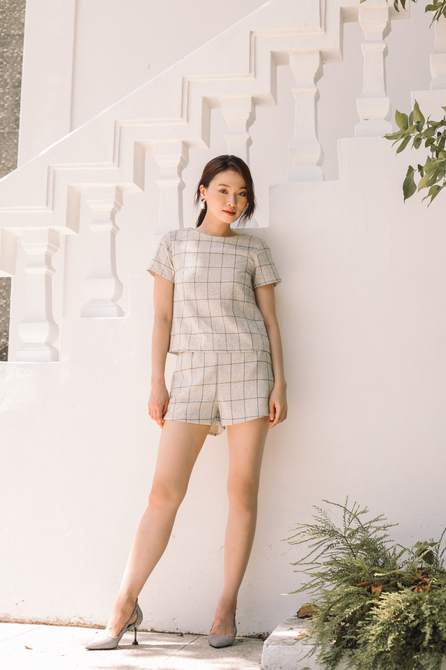 Kaydence Tweed Checkered Top in Off-White