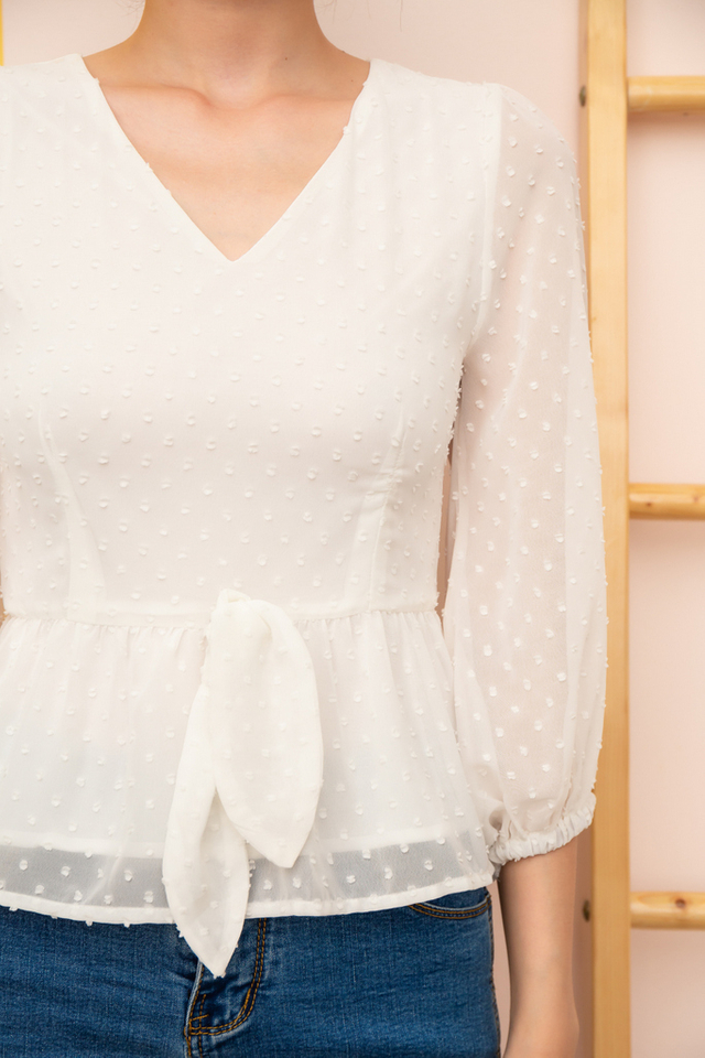 Sonnet Textured Peasant Top in White