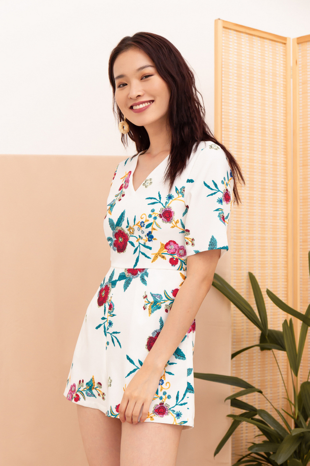 Mireen Floral Romper in White (XS)