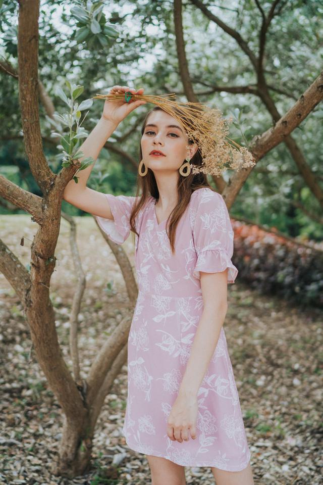 *TSW Exclusive Print* Nara V Neck Dress in Pink (XS)
