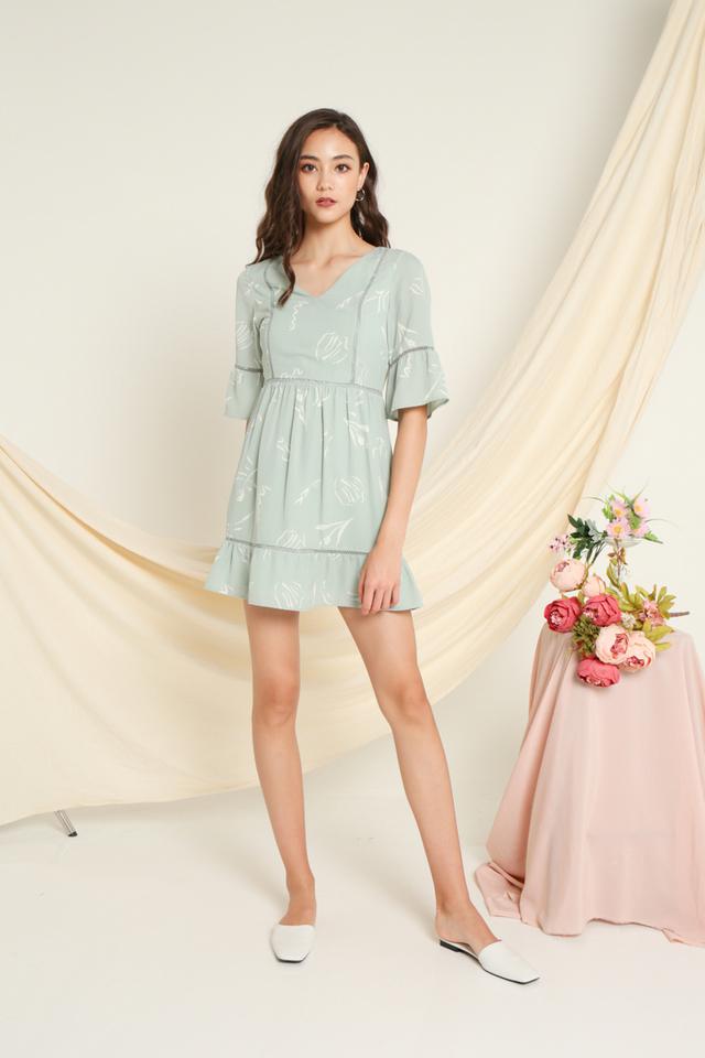 Cheryl Printed Sleeves Dress in Sage (XS)