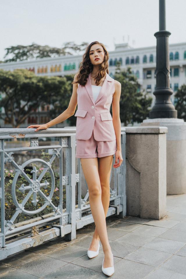 Kayen Button Vest in Dusty Pink (XL)
