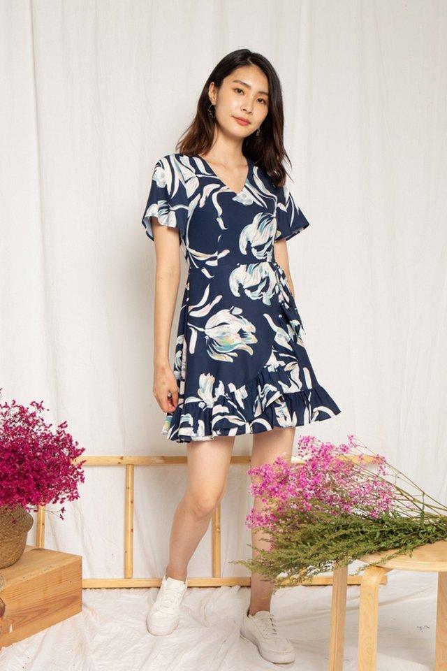 Myra Floral Ruffles Dress in Navy (XS)