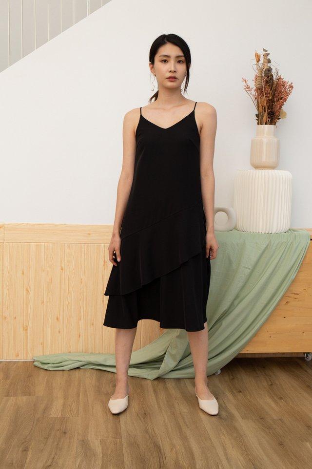 Lexie Tiered Midi Dress in Black (XS)