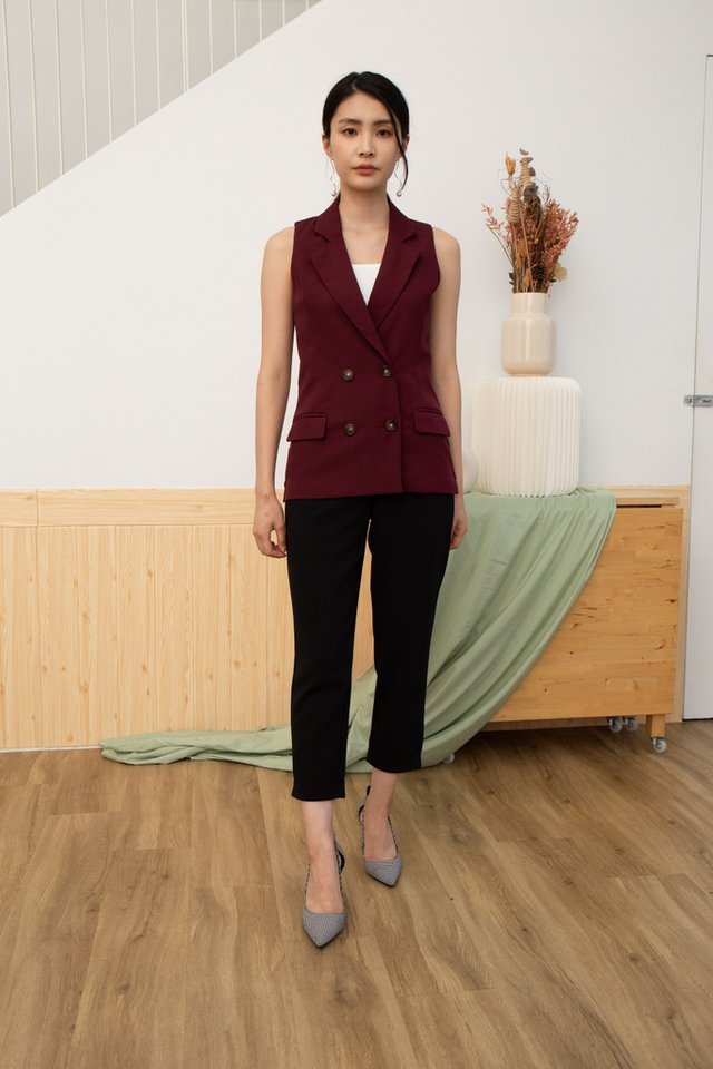 Kayo Double-Breasted Vest in Maroon (L)