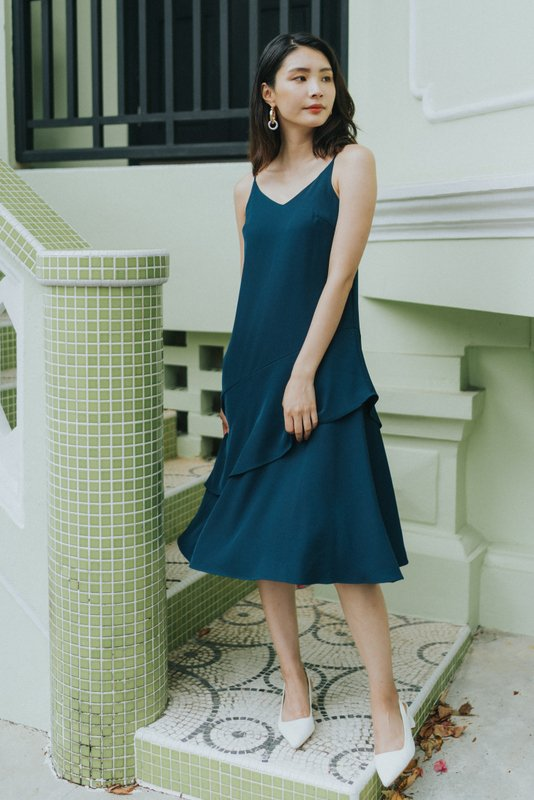 Lexie Tiered Midi Dress in Teal (XS)