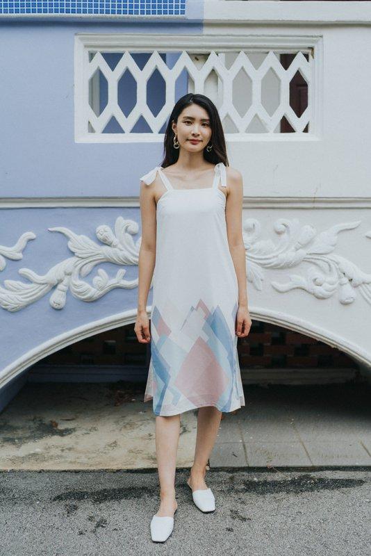 Makayla Geometric Ribbon Dress in White