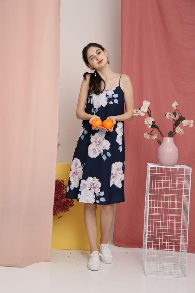 Romaine Floral Midi Dress in Navy (XS)