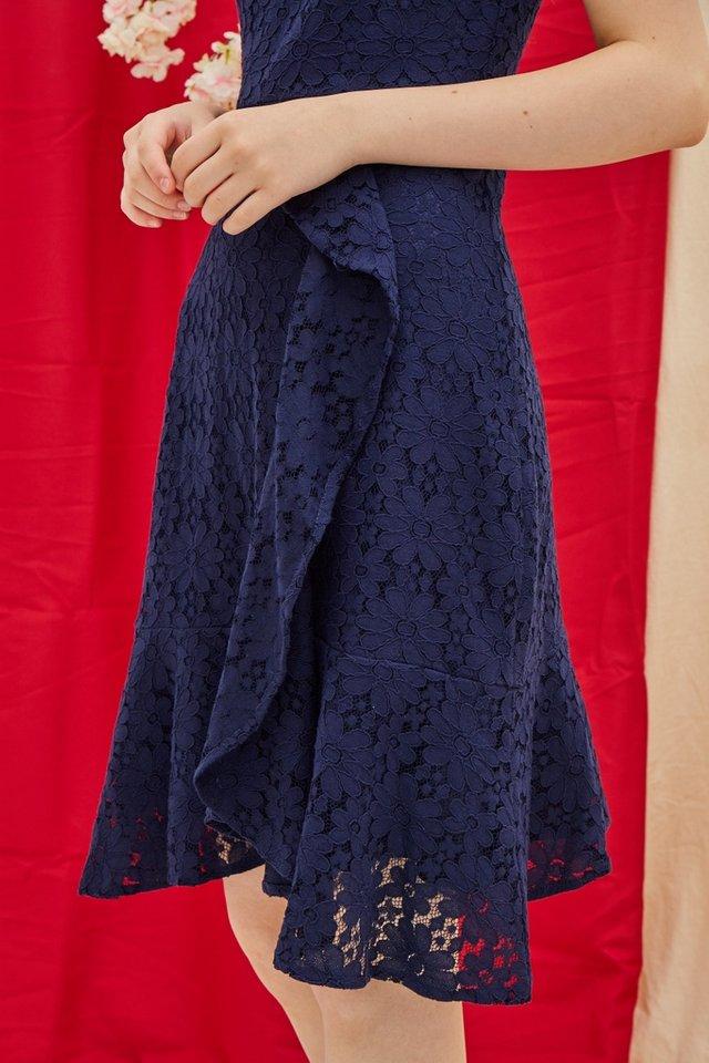 Juliet Premium Lace Ruffled Midi Dress in Navy (XS)