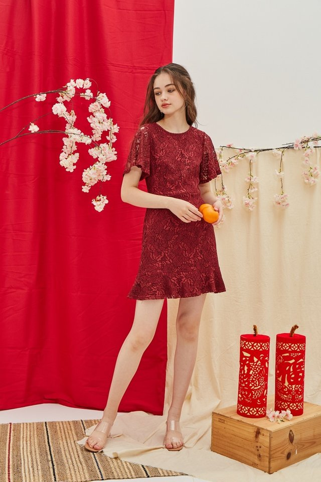 Mable Premium Lace Ruffled Hem Dress in Wine (XS)