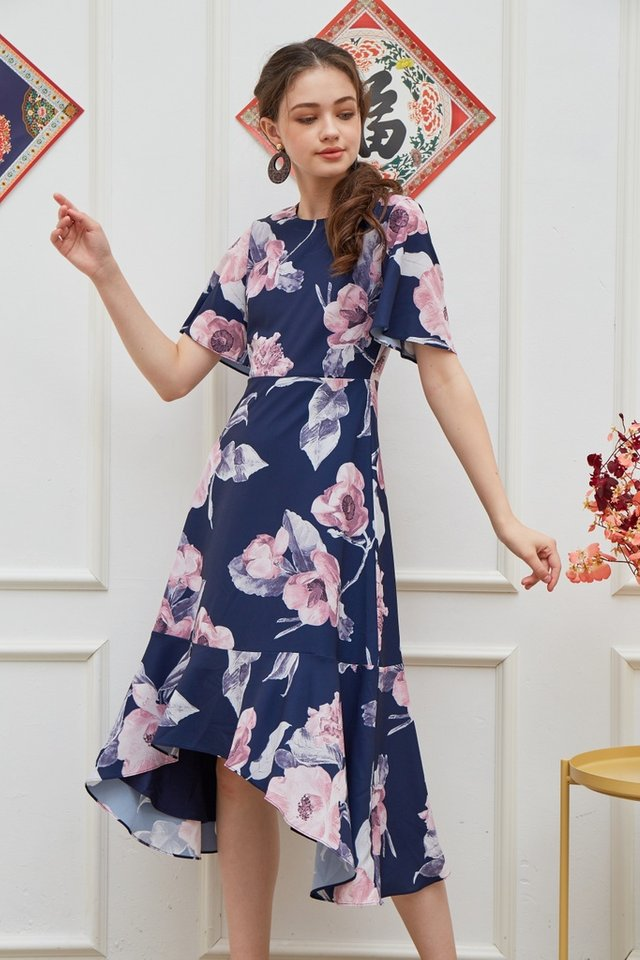 Zelda Floral Drape Hem Midi Dress in Navy (XS)