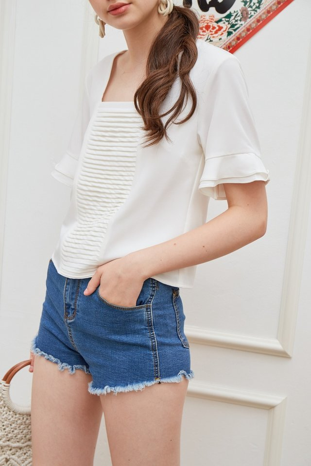 Tyler Pleated Ruffles Sleeved Top in White