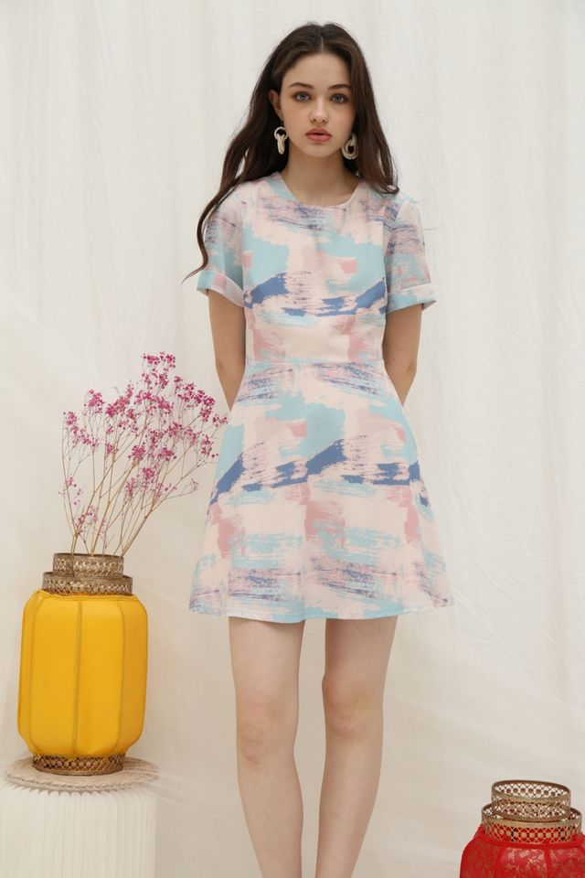 *Online Exclusive* Sharyn Watercolour Skater Dress in Pink (XS)