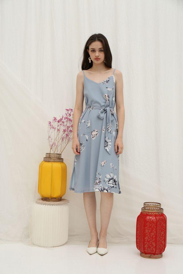 *Online Exclusive* Tammi Floral Midi Dress in Light Blue