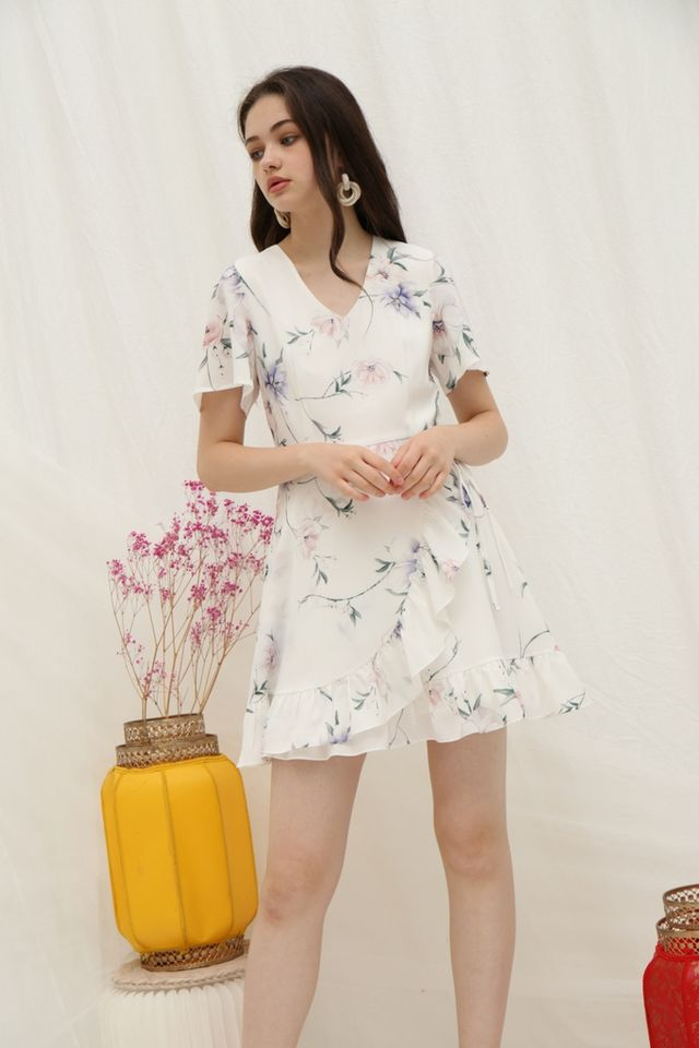 Nyrie Floral Ruffled Dress in White