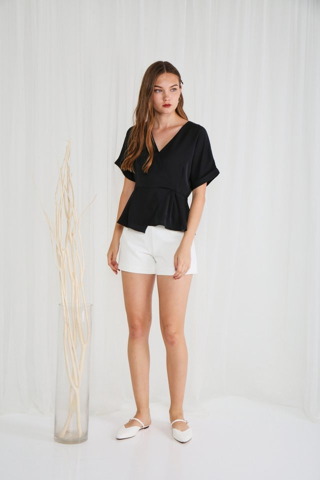 Bonnie Overlap Peplum Top in Black