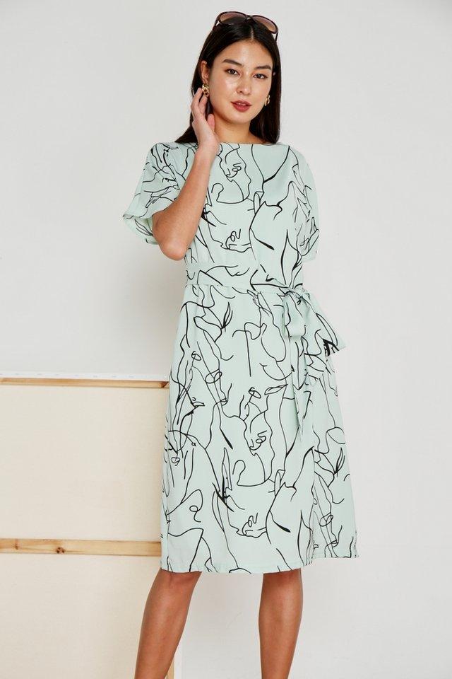 Darline Abstract Midi Dress in Melon