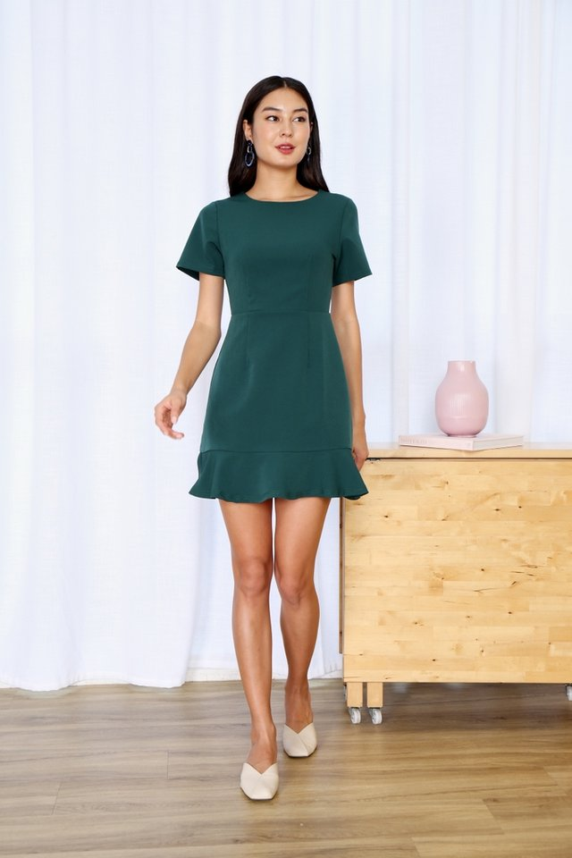 Hennie Dropwaist Sleeved Dress in Forest
