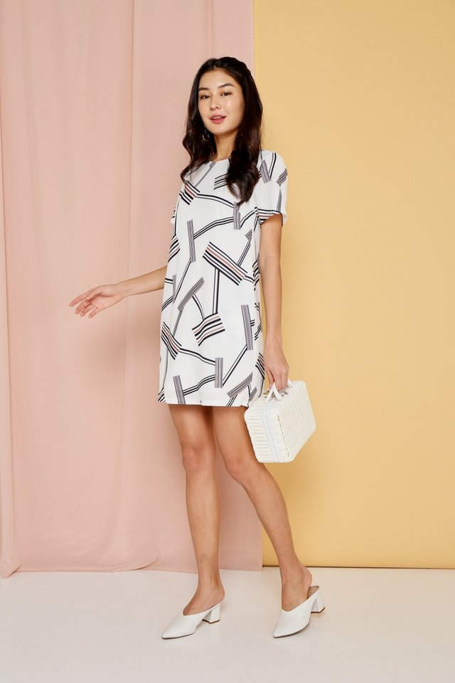 Stella Printed Sleeved Shift Dress in White
